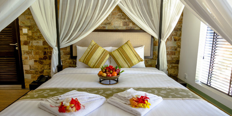 King size 4 poster Bed in Villa in Kep
