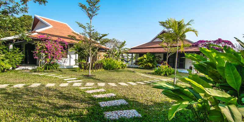 Villas surrounded by Green in Kep