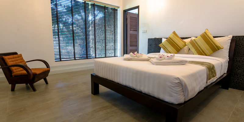King size Bed in Junior Suite Villa in Kep