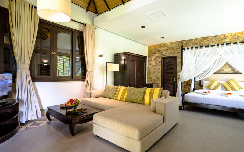 large living area Connecting Suite Villa